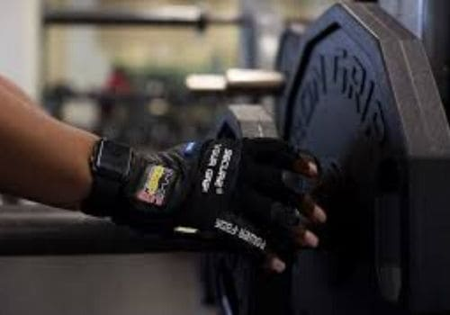 deadlifting gloves